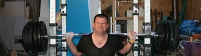 Squatting 200kg