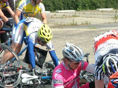 Accident at the feed zone